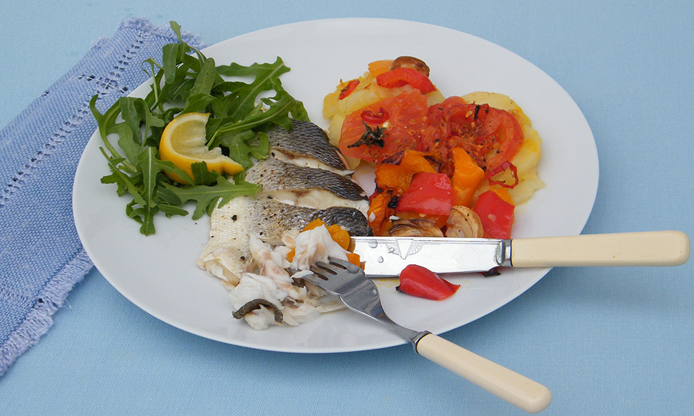 Baked sea bass and roasted red peppers diabetes uk for Turkish sea bass recipe