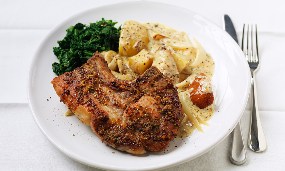 Pork Chops With Roasted Pear Apple And New Potatoes Diabetes Uk